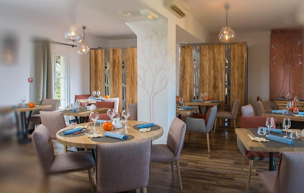 Auberge pom 39 poire salle s minaire tours 37 - Restaurant les grottes azay le rideau 37 ...