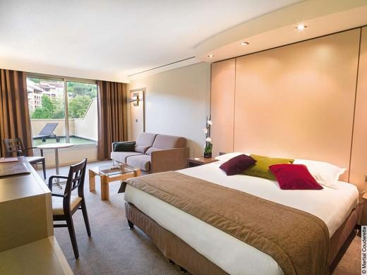 Hotel lyon metropole - room