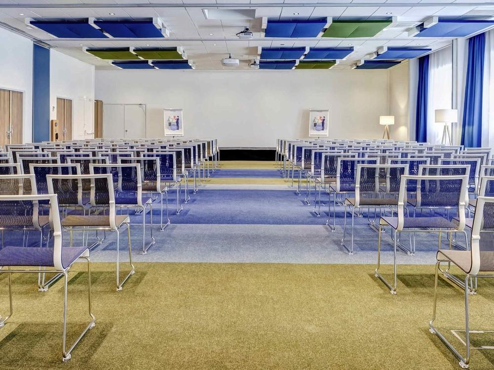 Novotel ibis gerland museum confluences - seminar room