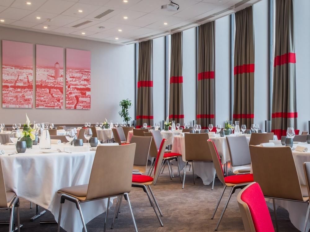 Radisson Blu Hotel Lyon - Reception Room