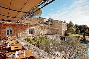 Mas des Herbes Blanches - Veranstaltungsort in der Nähe von Avignon