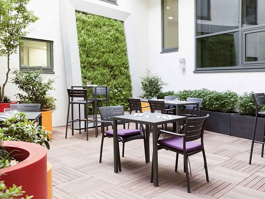 Novotel paris saint denis basilica stadium - patio