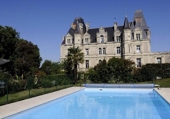 Castello del tremblay - piscina