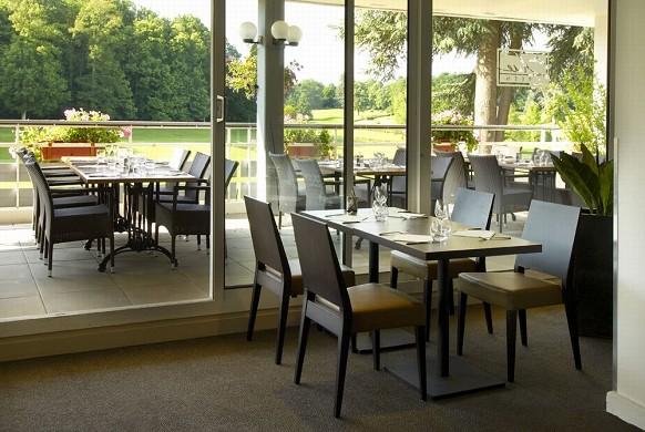 Golf blue green tours ardrée - restaurante