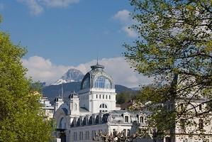 Palais Lumiere - Front