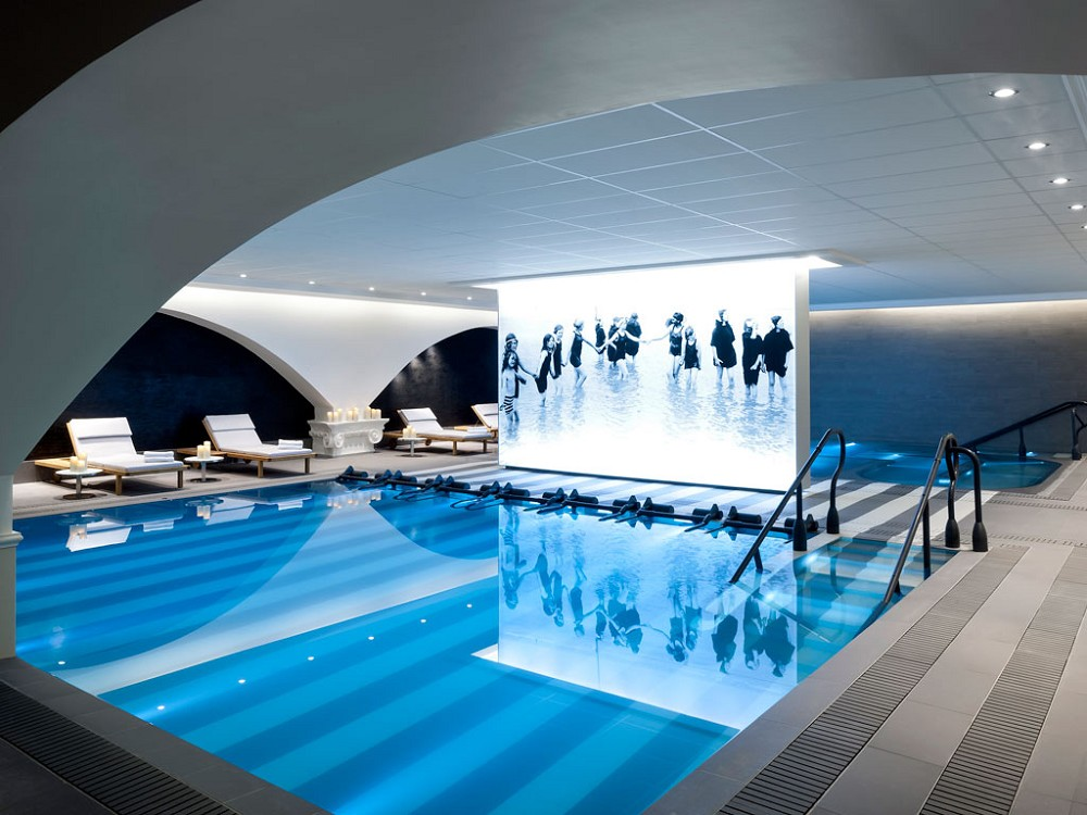Cures marines salle s minaire deauville 14 for Piscine trouville