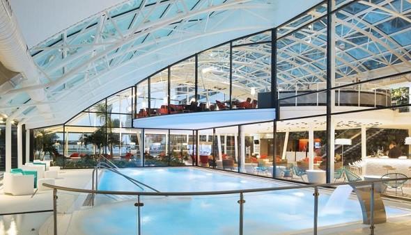 Complex oceania paris roissy Charles de Gaule - indoor swimming pool