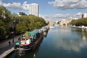 Barcaza antípoda - París Barco