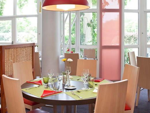 Ibis Styles Chinon - breakfast room