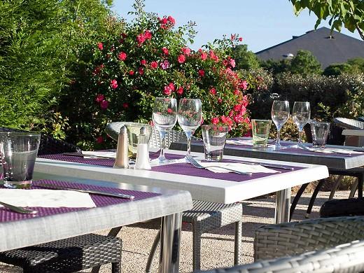 Ibis styles chinon - terraza