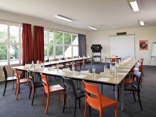 Ibis styles chinon - sala de reuniones