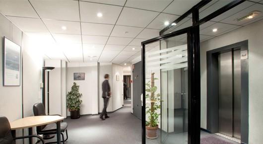 Inter center field business lobby Elysees