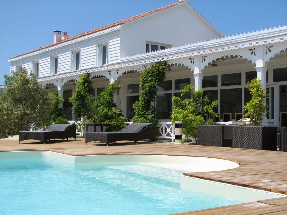la maison sur l 39 eau salle s minaire les sables d 39 olonne 85. Black Bedroom Furniture Sets. Home Design Ideas