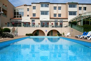 Aloe Hotel - Piscina