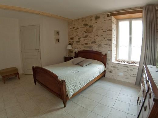 Tirpoil Park - camera da letto