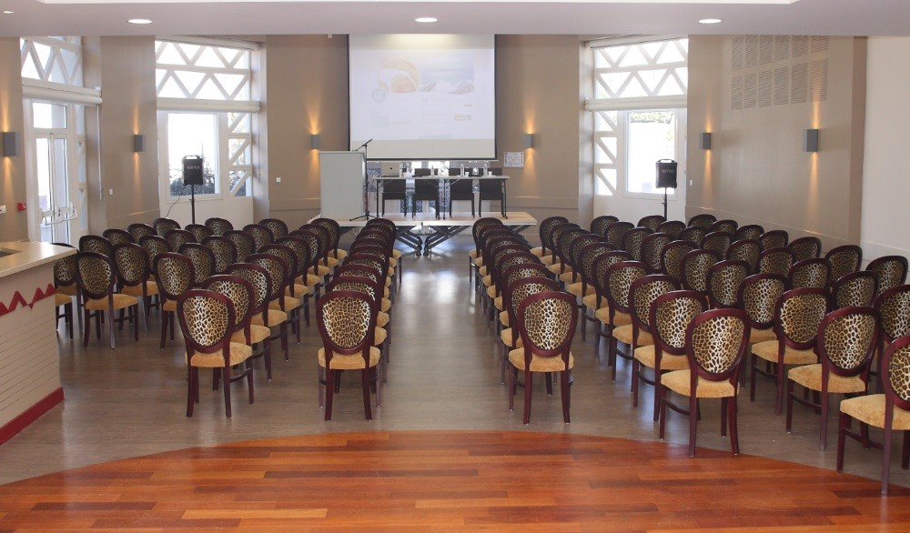 Forum luz - sala riunioni