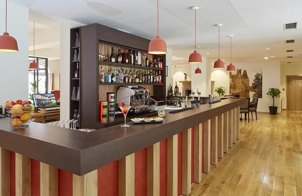 Castel maintenon hotel ristorante spa - bar