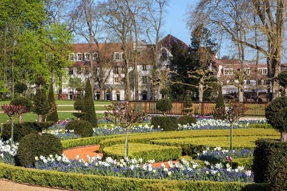 Castel maintenon hotel ristorante spa - castello giardino maintenon
