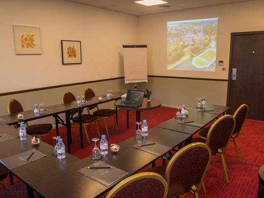 Castel maintenon hotel restaurant spa - sala riunioni