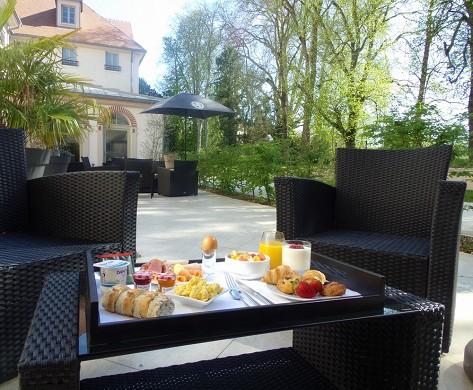 Castel maintenon hotel ristorante spa - terrazza