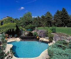 piscina de tamaño del campo