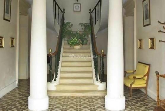 Castillo Boisverdun - escaleras