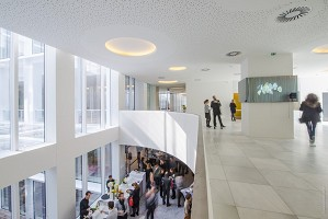 Cloud Business Center - Lobby