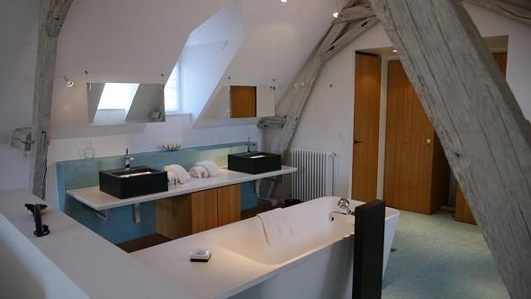 Domaine de la trigalière - bathroom