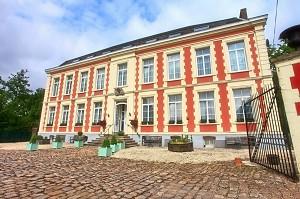 Chateau de Moulin le Comte - Außenansicht