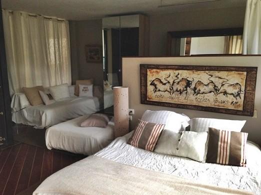 Mahogany beach hotel - room