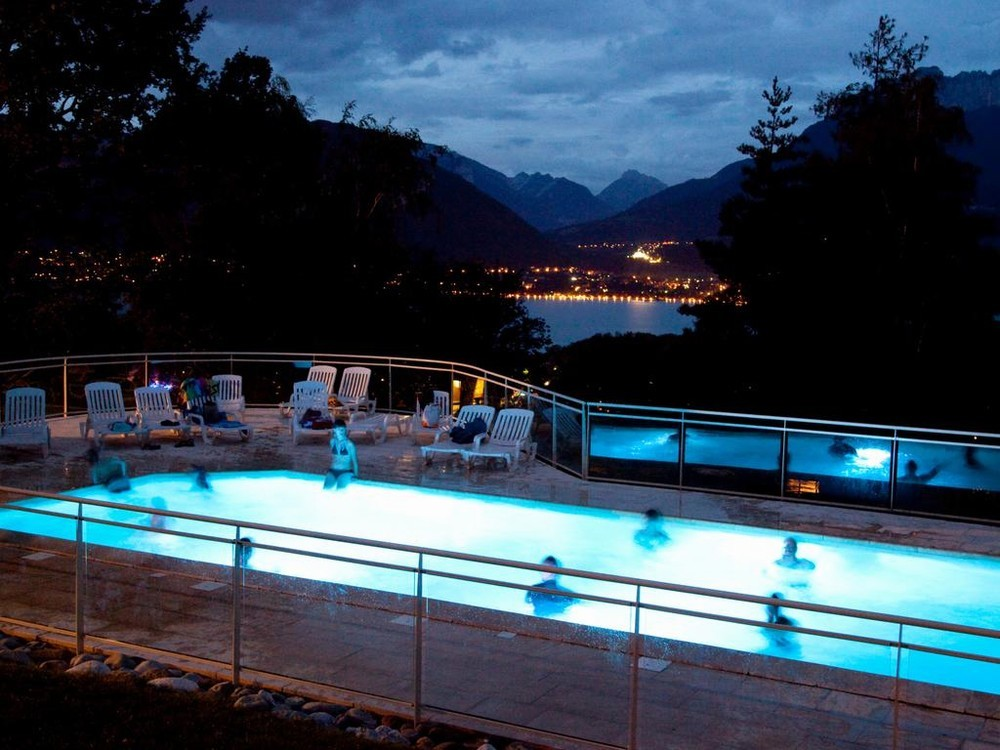 Les balcons du lac d 39 annecy salle s minaire annecy 74 for Piscine annecy