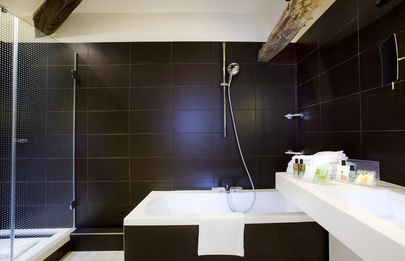 Holiday inn paris opera - grands boulevards - bathroom