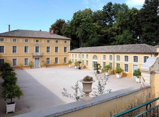 Castle of chavagneux - castle seminar in auvergne rhône-alpes