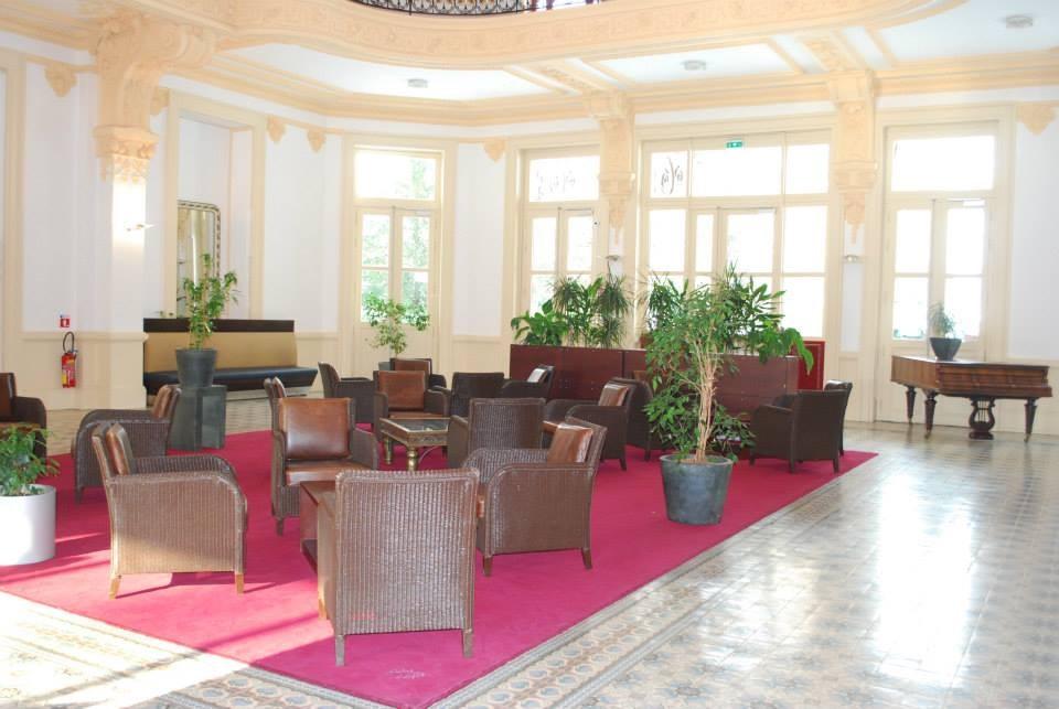 Appart hotel le splendid d 39 allevard salle s minaire for Apparthotel chambery