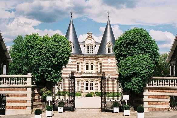 Castle lafond Countess - outside