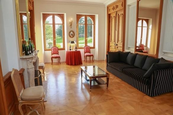 Castle Countess LaFond - living room