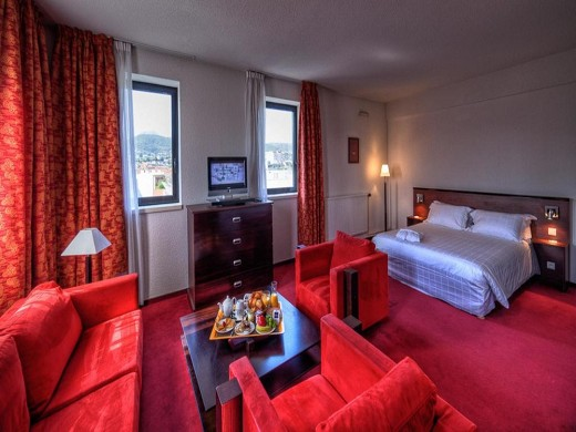 Kyriad Prestige Clermont Ferrand - Suite