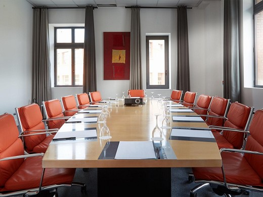 Newhotel of marseille - meeting room