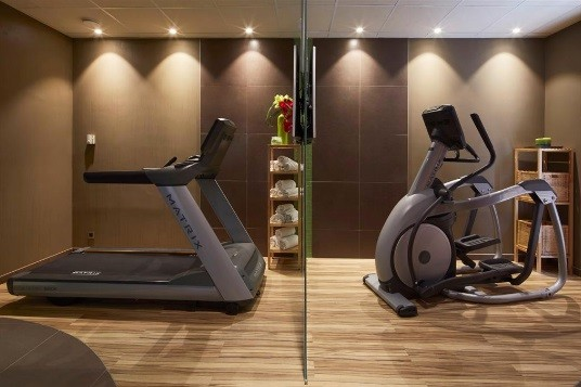 Campanile roissy le mesnil amelot - espace fitness