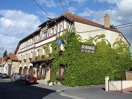 Auberge du Val-des-Bois - fuera