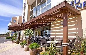 Hotel Port Marine - Di fronte all'hotel