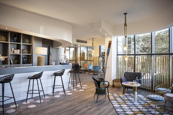 Hotel port marine - living room
