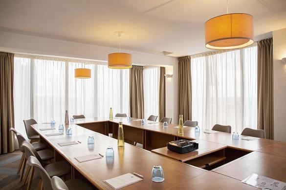 Hotel port marine - corniche room with sea view