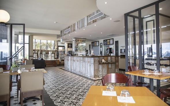Hotel port marine - restaurant les halles solanid