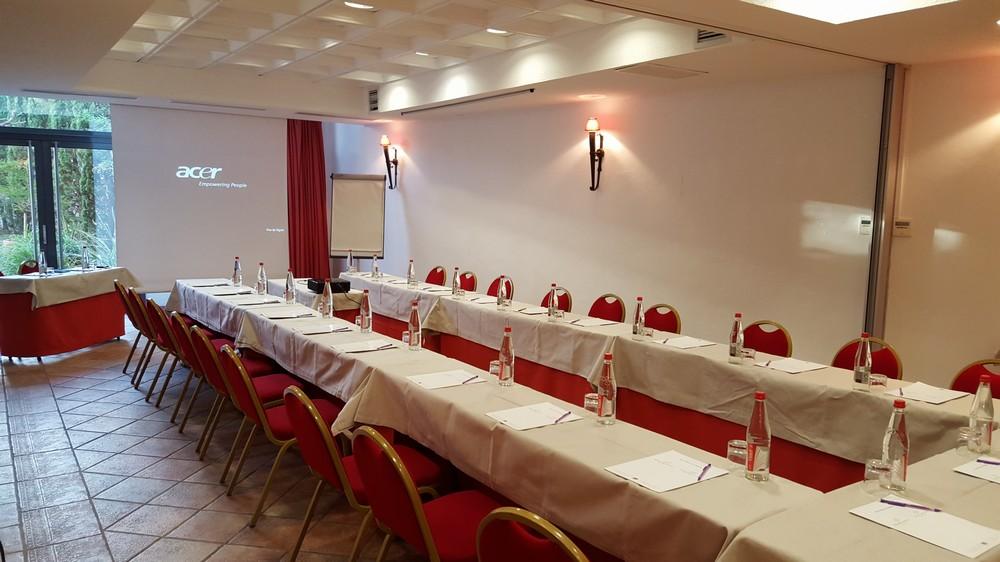 Salon Concile and Innocent - Avignon Grand Hotel