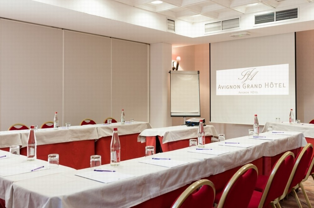 Council Salon III - Avignon Grand Hotel
