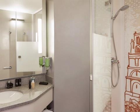 Comfort Hotel Albi Salle Séminaire ALBI - Salle de bain albi