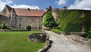 Al di fuori del castello