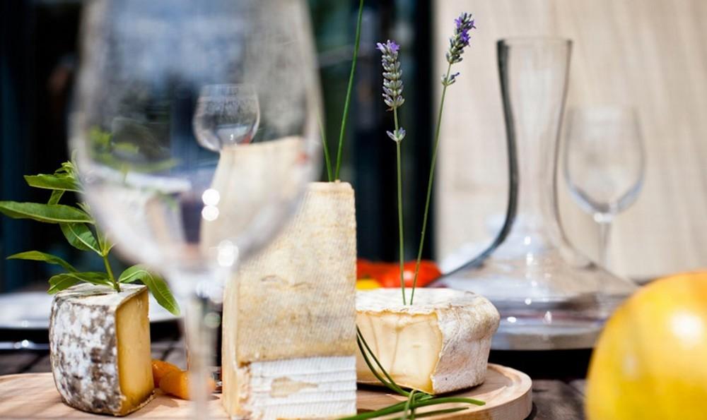 Domaine st pierre de serjac - cena di gruppo