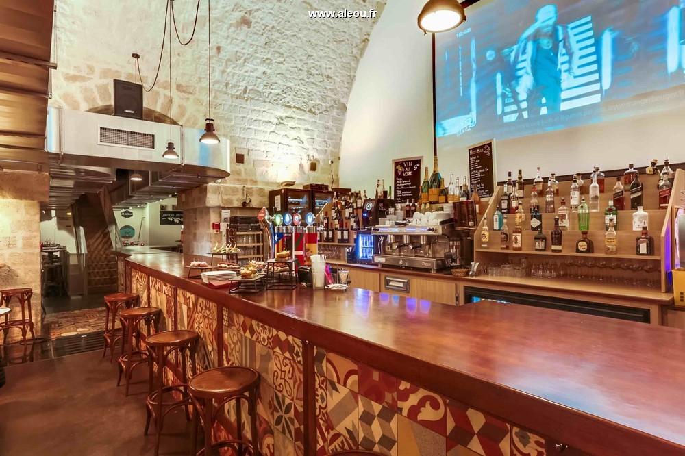 restaurant atypique salle de conf rence 300 couverts int rieur et 200 en terrasse chauff e. Black Bedroom Furniture Sets. Home Design Ideas